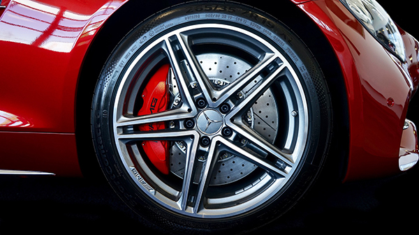 Wheel and Tyres of a Car